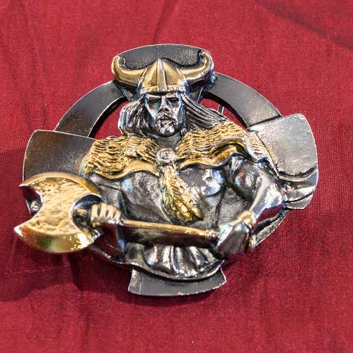 Boucle de ceinture   Viking à la hache avec Croix Celtique (dorée et ... 9b6027688fe